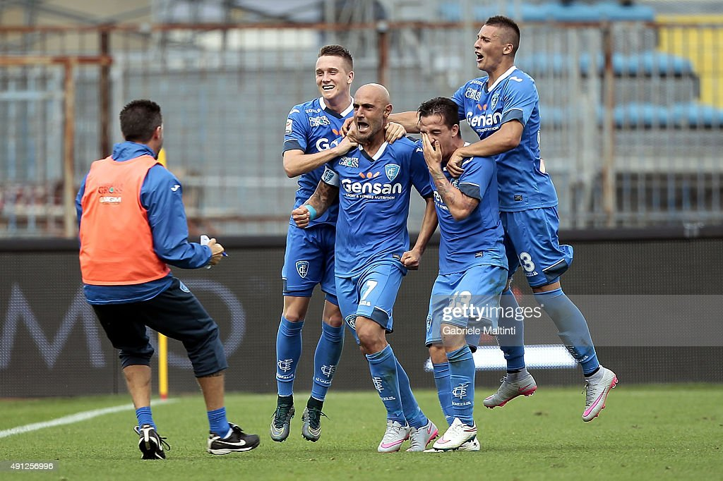 Massimo Maccarone of Empoli FC celebrates after scoring a goal during the Serie A match between Empoli FC and US Sassuolo Calcio at Stadio Carlo Castellani on October 4, 2015 in Empoli, Italy.