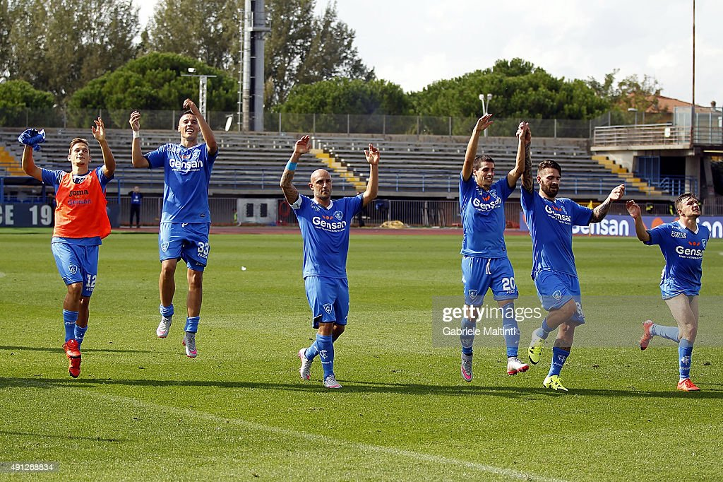 Massimo Maccarone of Empoli FC celebrates the victory after during the Serie A match between Empoli FC and US Sassuolo Calcio at Stadio Carlo Castellani on October 4, 2015 in Empoli, Italy.