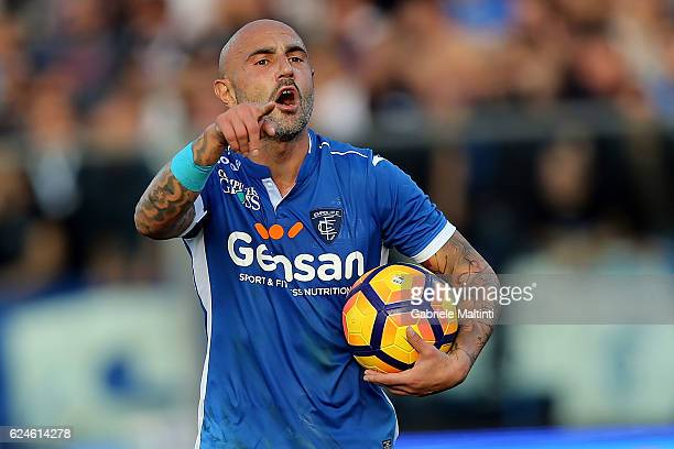 Massimo Maccarone of Empoli FC reacts during the Serie A match between Empoli FC and ACF Fiorentina at Stadio Carlo Castellani on November 20 2016 in...