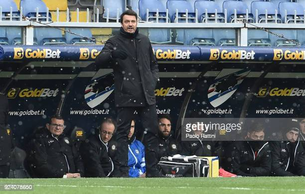 Massimo Oddo head coach of Udinese during the serie A match between UC Sampdoria and Udinese Calcio at Stadio Luigi Ferraris on February 25 2018 in...
