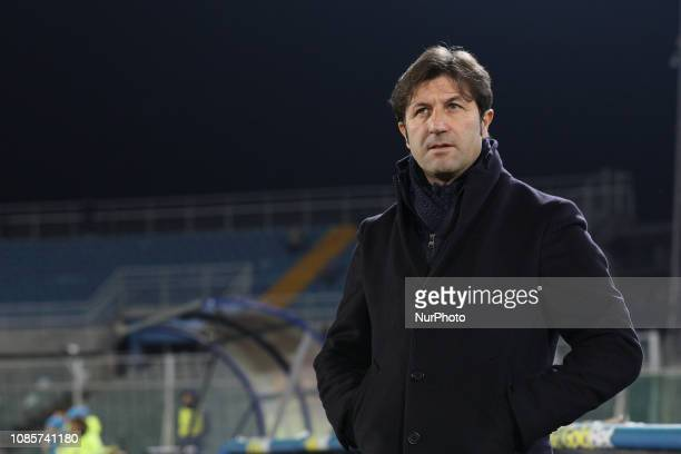Massimo Rastelli head coach of US Cremonese during the Italian Serie B 2018/2019 match between Pescara Calcio 1936 FC and US Cremonese at Stadio...
