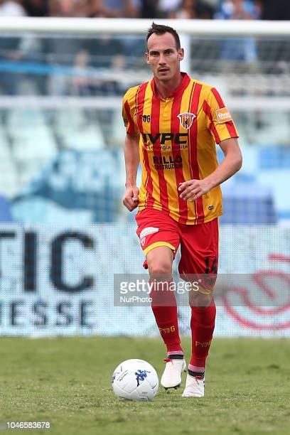 Massimo Volta of Benevento Calcio during the Italian Serie B 2018/2019 match between Pescara Calcio 1936 FC and Benevento Calcio at Adriatico...