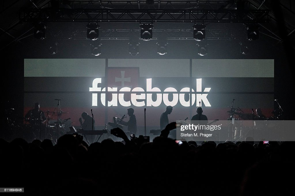 Massive Attack Perform In Munich : News Photo