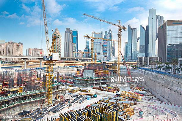 massive construction in dubai - construction site stock pictures, royalty-free photos & images