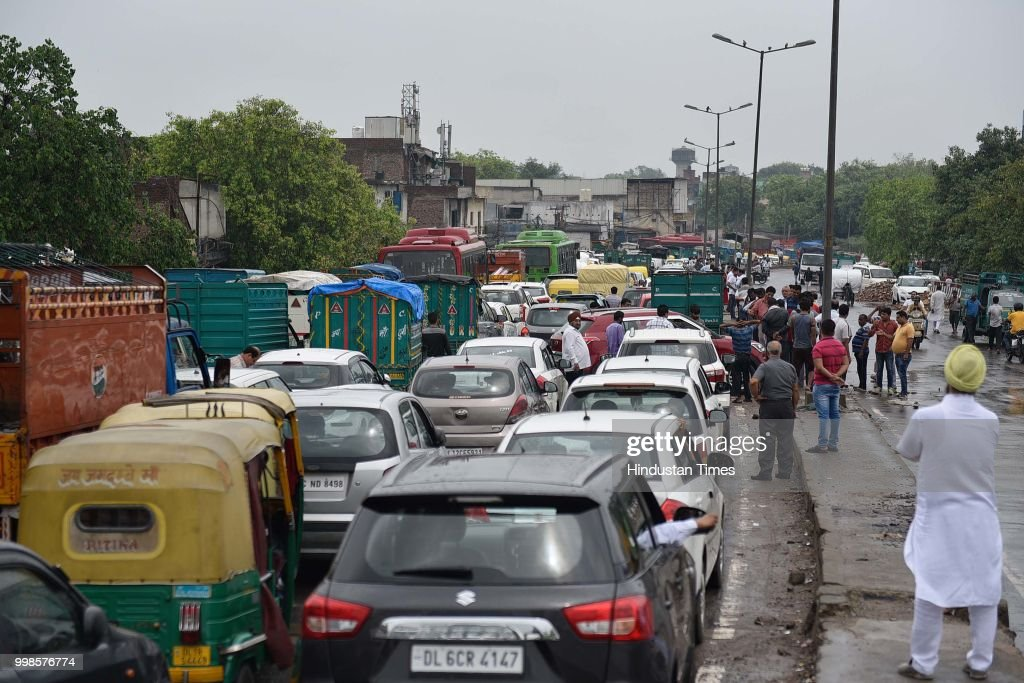 Heavy Rains Lash Delhi-NCR; Lead To Water Logging, Traffic Disruptions