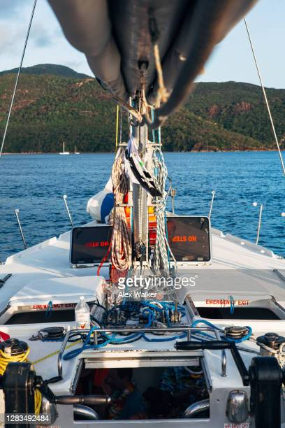 mast and rigging of large maxi sailing yacht. - sail boom stock pictures, royalty-free photos & images