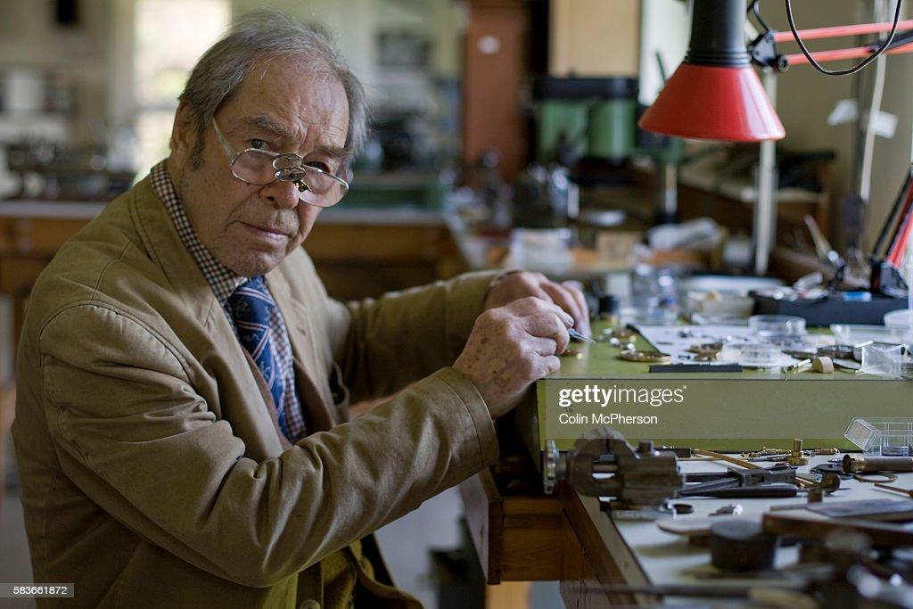 UK - Tradition - Master Horologist George Daniel : News Photo