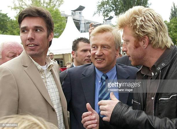 Masters Series 2003 Hamburg 'kids day' vli Michael STICH Buergermeister Ole VON BEUST Boris BECKER