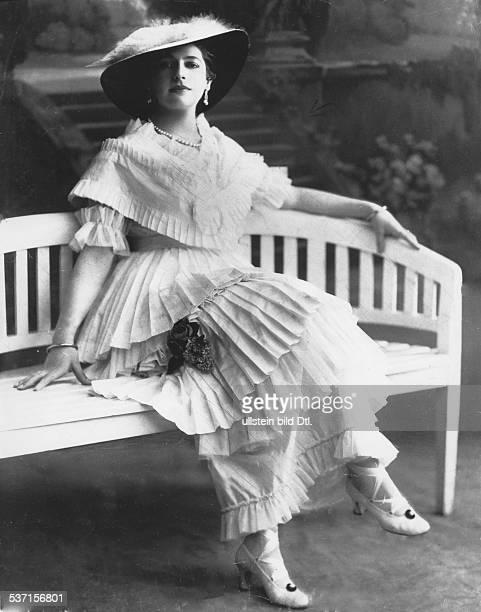 Mata HariMata Hari Tänzerin Niederlande als Spionin hingerichtet 1917 in Frankreich Porträt undatiert um 1914
