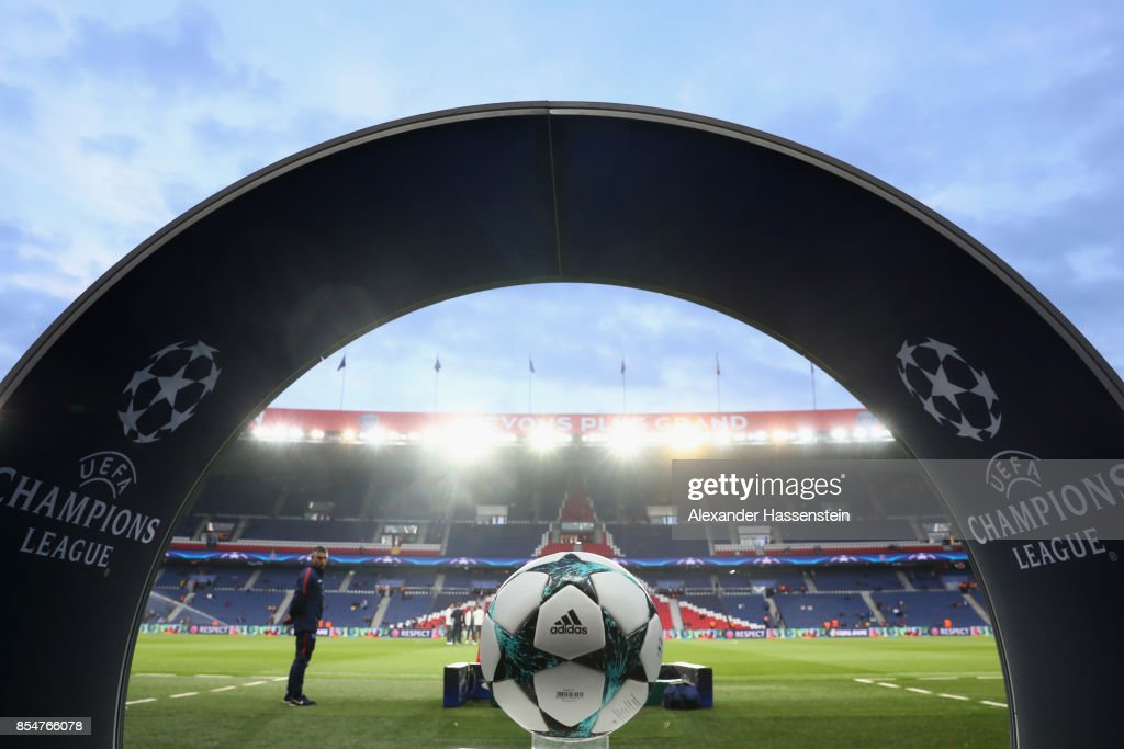 Paris Saint-Germain v Bayern Muenchen - UEFA Champions League : News Photo