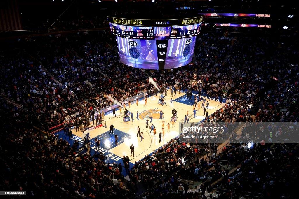 NY Knicks and Philadelphia 76ers : News Photo