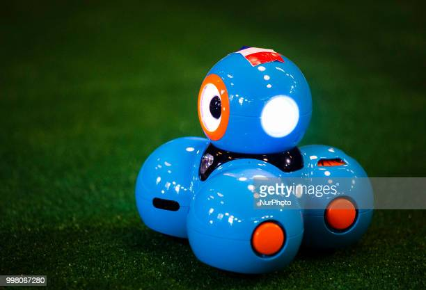 match of robots france croatia before final world cup 2018 ストック