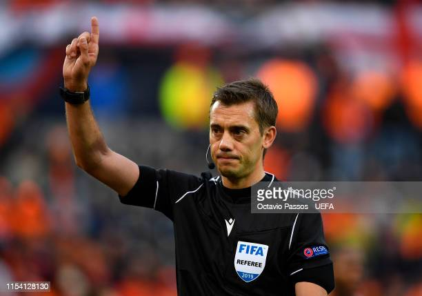 Match Referee Clément Turpin during the UEFA Nations League Semi-Final match between the Netherlands and England at Estadio D. Afonso Henriques on...
