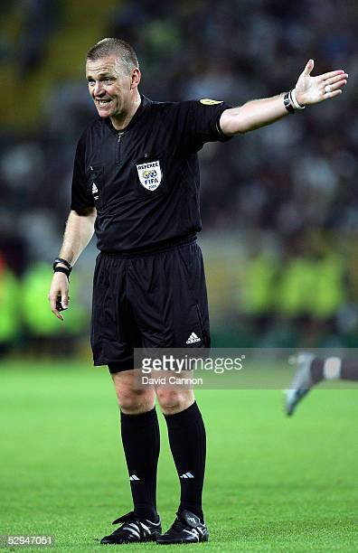 Match referee Graham Poll gestures during the UEFA Cup Final between CSKA Moscow and Sporting Lisbon at the Jose Alvalade Stadium on May 18 2005...