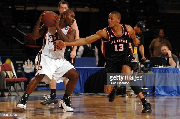 Mateen Cleaves of the Bakersfield Jam handles the ball against Gabe Pruitt of the Utah Flash on March 22, 2008 at Rabobank Arena in Bakersfield,...