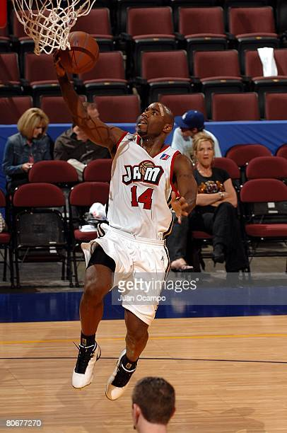 Mateen Cleaves of the Bakersfield Jam lays a shot up during the game against the Utah Flash on March 22, 2008 at Rabobank Arena in Bakersfield,...
