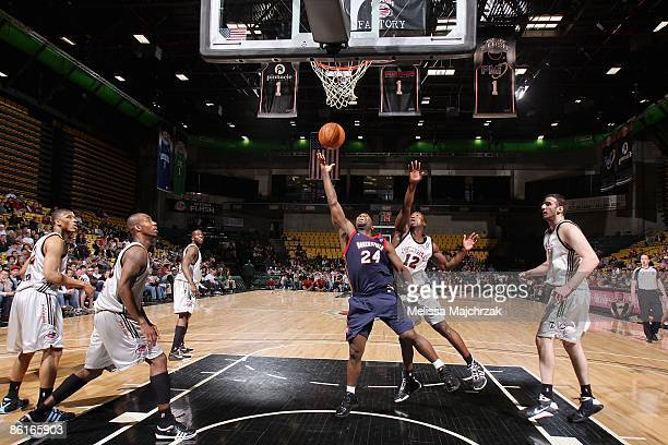 Mateen Cleaves of the Bakersfield Jam lays up a shot around Andre Ingram of the Utah Flash during the 2009 D-League Playoffs on April 15, 2009 at the...