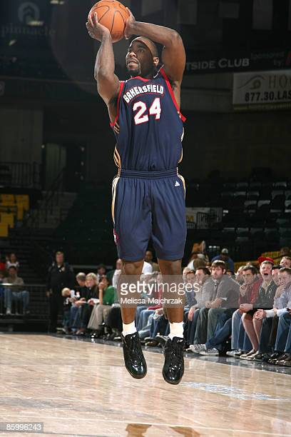 Mateen Cleaves of the Bakersfield Jam puts up the shot against the Utah Flash at McKay Events Center on April 15, 2009 in Orem, Utah. NOTE TO USER:...