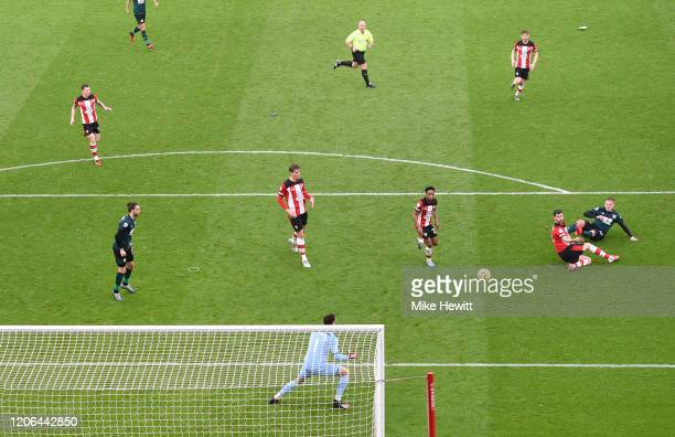 Matej Vydra of Burnley scores his team's second goal during the Premier League match between Southampton FC and Burnley FC at St Mary's Stadium on...