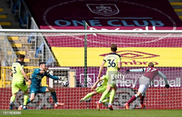 Matej Vydra of Burnley scores their team's first goal past Martin Dubravka of Newcastle United during the Premier League match between Burnley and...
