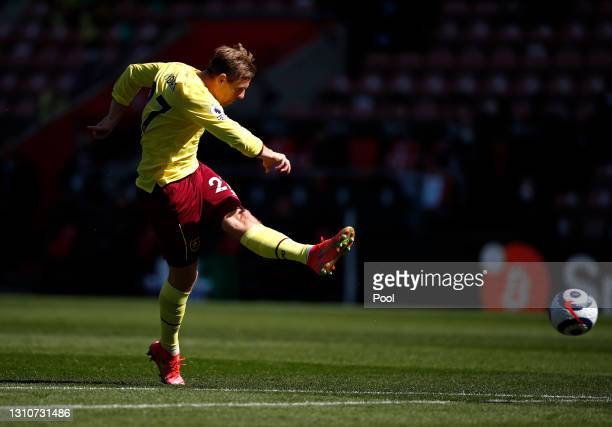 Matej Vydra of Burnley scores their team's second goal during the Premier League match between Southampton and Burnley at St Mary's Stadium on April...