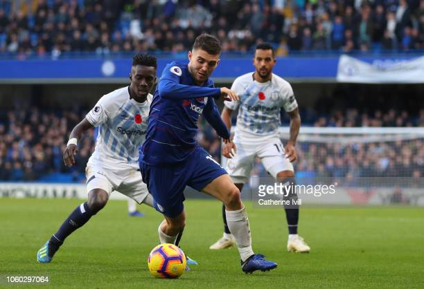 Mateo Kovacic of Chelsea beats Idrissa Gueye of Everton during the Premier League match between Chelsea FC and Everton FC at Stamford Bridge on...