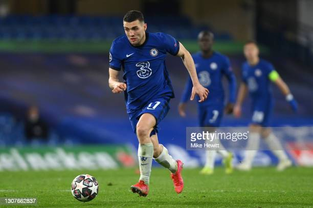 Mateo Kovacic of Chelsea in action during the UEFA Champions League Round of 16 match between Chelsea FC and Atletico Madrid at Stamford Bridge on...