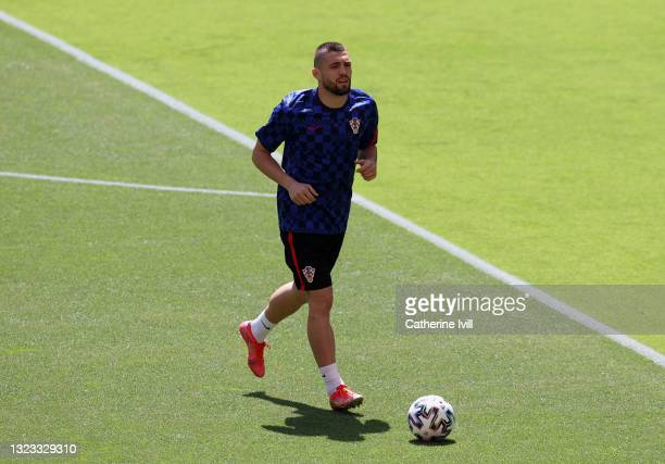 Mateo Kovacic of Croatia warms up prior to the UEFA Euro 2020 Championship Group D match between England and Croatia at Wembley Stadium on June 13,...