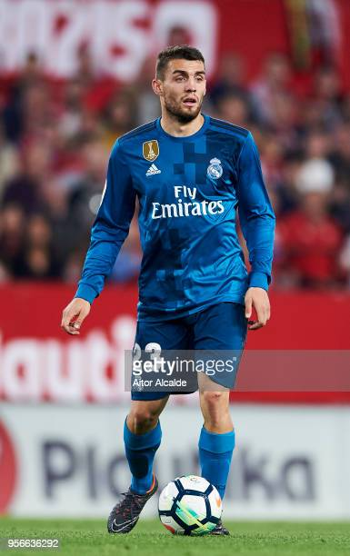 Mateo Kovacic of Real Madrid CF controls the ball during the La Liga match between Sevilla FC and Real Madrid at Ramon Sanchez Pizjuan stadium on May...