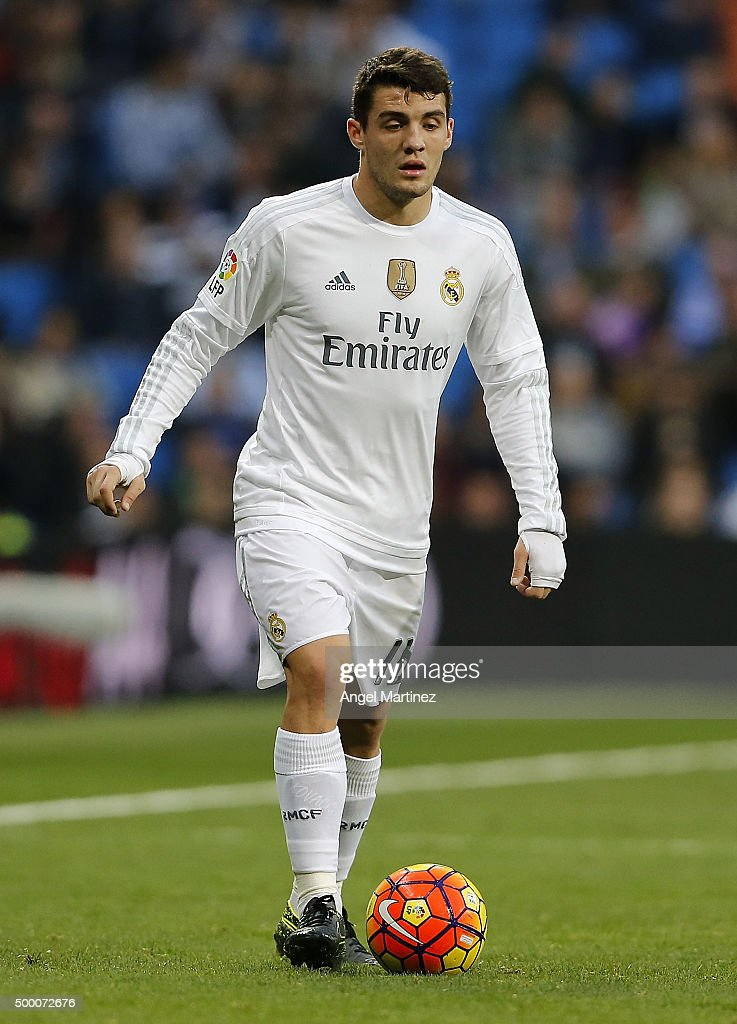 Mateo Kovacic of Real Madrid in action during the La Liga match between Real Madrid CF and Getafe CF at Estadio Santiago Bernabeu on December 5, 2015 in Madrid, Spain.