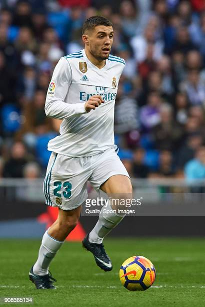 Mateo Kovacic of Real Madrid runs with the ball during the La Liga match between Real Madrid and Deportivo de La Coruna at Estadio Santiago Bernabeu...