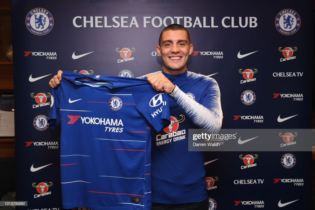 Chelsea Unveil New Signing Mateo Kovacic