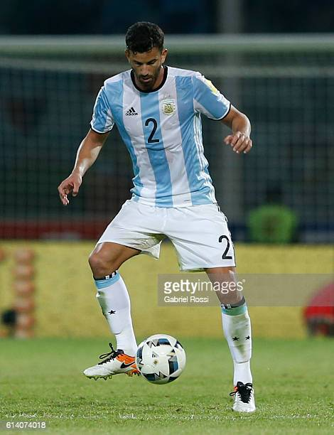 Mateo Musacchio of Argentina drives the ball during a match between Argentina and Paraguay as part of FIFA 2018 World Cup Qualifiers at Mario Alberto...