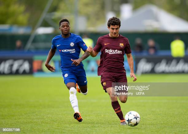 Mateu Morey of FC Barcelona and Daishawn Redan of Chelsea FC during the UEFA Youth League Final between Chelsea FC and FC Barcelona at Colovray...