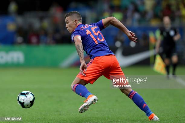 Mateus Uribe of Colombia controls the ball during the Copa America Brazil 2019 group B match between Argentina and Colombia at Arena Fonte Nova on...
