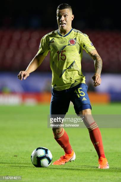 Mateus Uribe of Colombia controls the ball during the Copa America Brazil 2019 group B match between Colombia and Qatar at Morumbi Stadium on June 19...