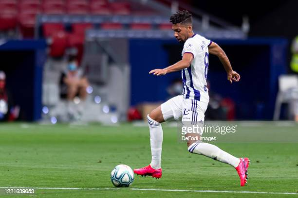 Matheus Fernandes of Real Valladolid CF controls the ball during the Liga match between Club Atletico de Madrid and Real Valladolid CF at Wanda...