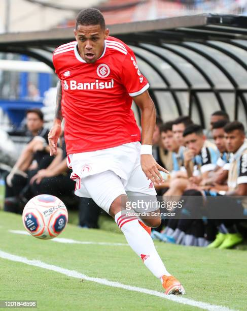 Matheus Monteiro of Internacional controls the ball during the match against Gremio for the Copa Sao Paulo de Futebol Junior Final at Pacaembu...