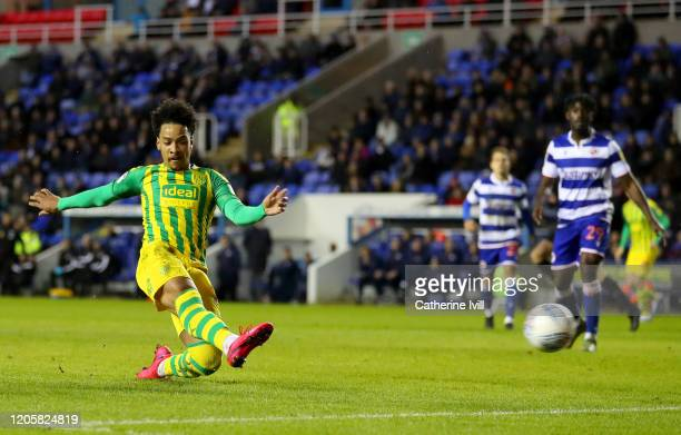 Matheus Pereira of West Bromwich Albion scores his team's first goal during the Sky Bet Championship match between Reading and West Bromwich Albion...