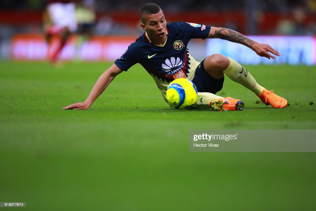 Matheus Uribe of America drives the ball during the 7th round match between America and Monarcas as part of the Torneo Clausura 2018 Liga MX at Azteca Stadium on February 13, 2018 in Mexico City, Mexico.