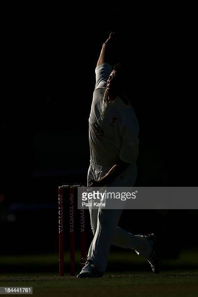 Mathew Dixon of Western Australia bowls during day one of the Futures League match between Western Australia and New South Wales at Richardson Park...