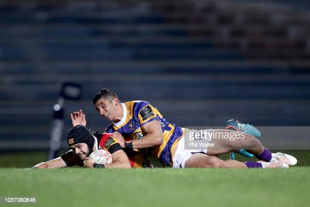 Mathew Lansdown of Waikato scores a try during the round six Mitre 10 Cup match between Bay of Plenty and Waikato at Rotorua International Stadium on...