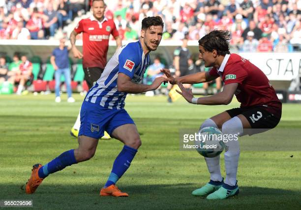 Mathew Leckie of Hertha BSC and Miiko Albornoz of Hannover 96 during the Bundesliga game between Hannover 96 and Hertha BSC at HDI Arena on May 5...