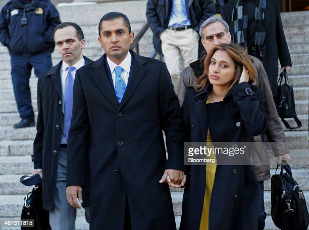 Mathew Martoma a former SAC Capital Advisors LP fund manager center exits federal court with his wife Rosemary Martoma right and attorney Roberto...