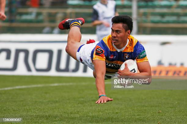 Mathew SkipwithGarland of Bay of Plenty dives in for a try during the round 6 Mitre 10 Cup match between Manawatu and the Bay of Plenty at Central...