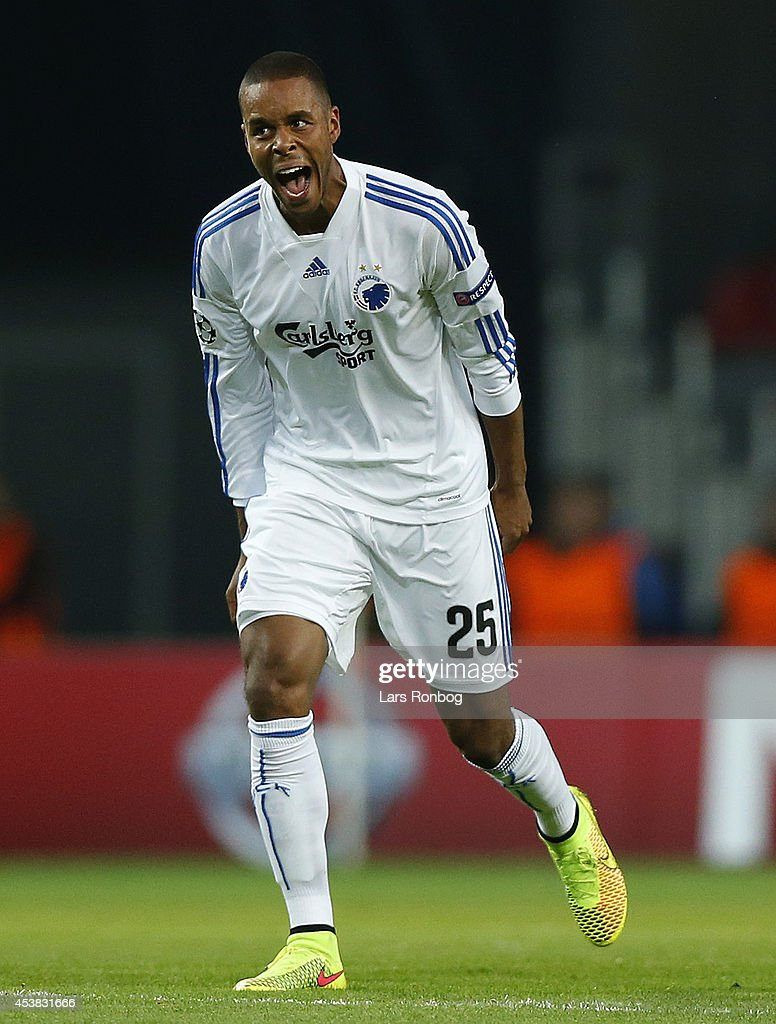 FC Copenhagen v Bayer Leverkusen - UEFA Champions League Qualifying Play-Offs Round: First Leg