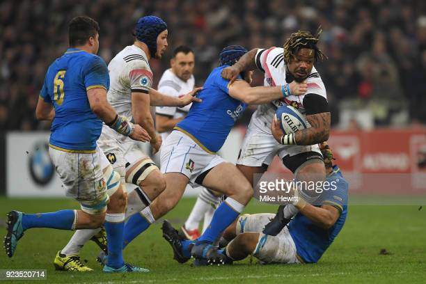 Mathieu Bastareaud of France breaks through the Italian line during the NatWest Six Nations match between France and Italy at Stade Velodrome on...