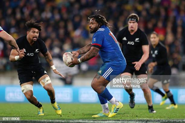 Mathieu Bastareaud of France runs the ball during the International Test match between the New Zealand All Blacks and France at Westpac Stadium on...