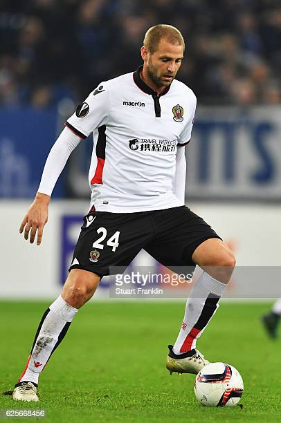 Mathieu Bodmer of Nice in action during the UEFA Europa League match between FC Schalke 04 and OGC Nice at VeltinsArena on November 24 2016 in...