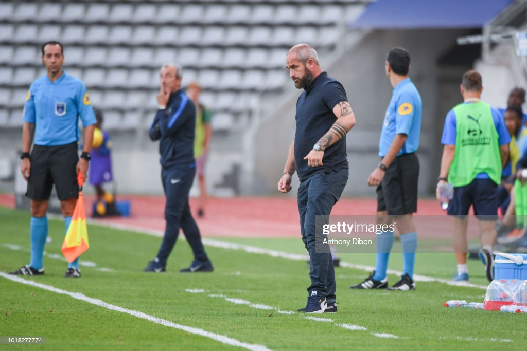 Paris FC v Beziers - French Ligue 2